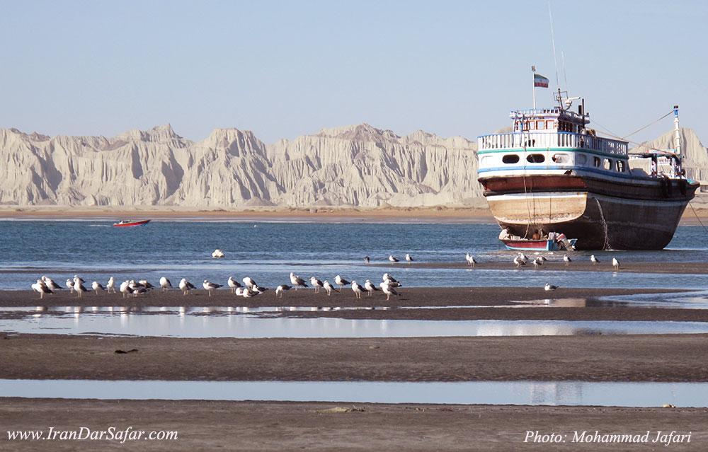 بندر بریس در استان سیستان و بلوچستان - روستای بریس - اسکله بریس - ایران در سفر