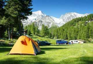 -برای چادر زدن در سفرهای کمپینگی چه مکانی مناسب تر است؟ -نکات مهم در مورد چادر زدن در طبیعت - ایران در سفر -